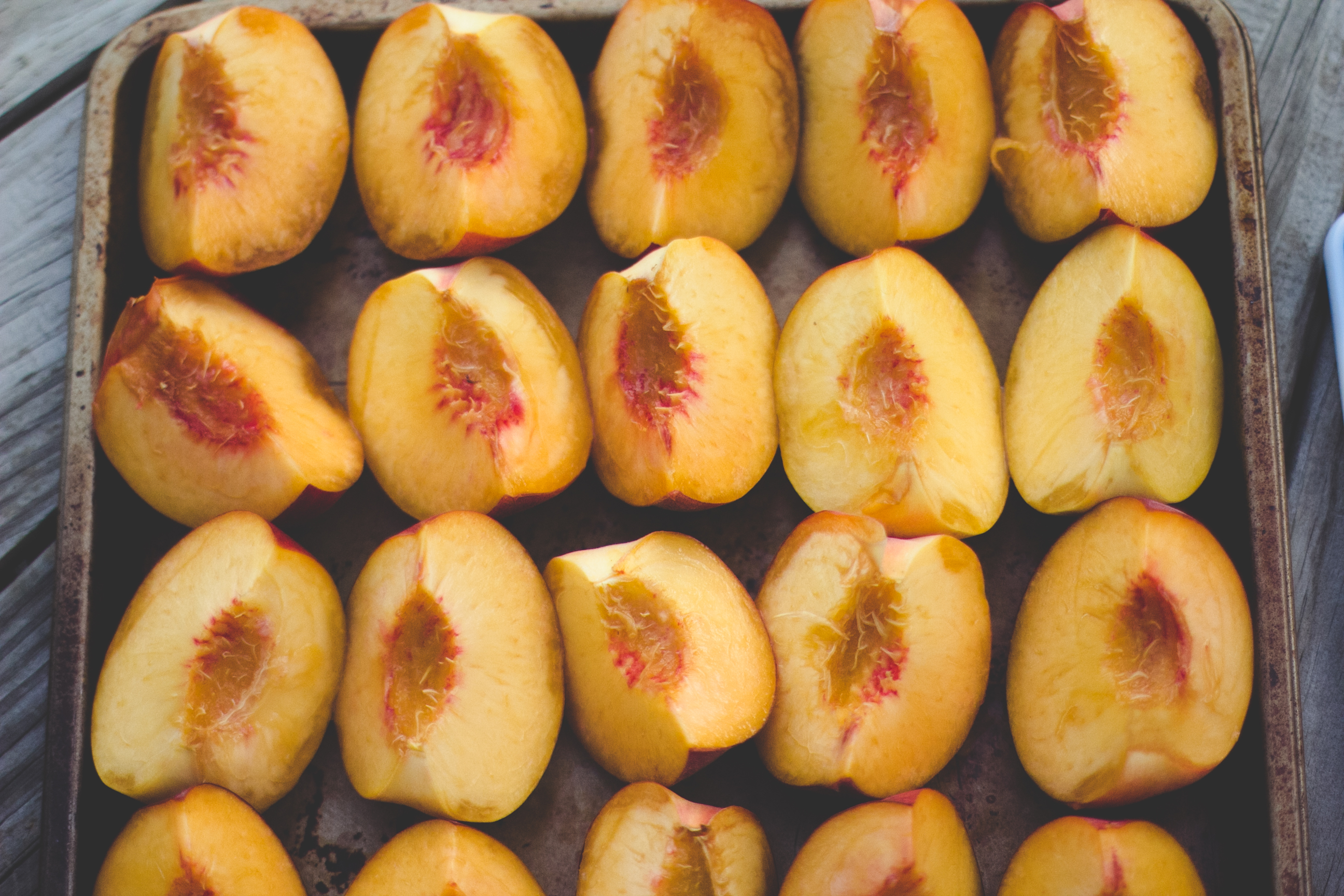 Grilled Peaches with Homemade Mascarpone, Honey and ...