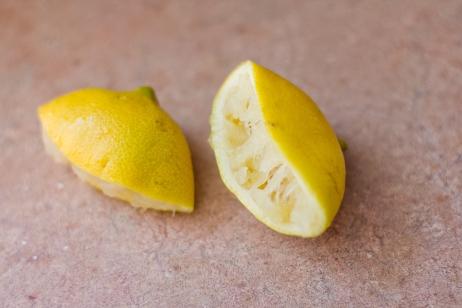 Lemon for Homemade Peach Compote