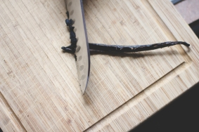 The Everyday Chef and Wife : DIY Homemade Vanilla Extract